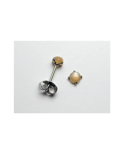 Domestic pure titanium earrings Orange Moonstone [Horie / H-TP8103]