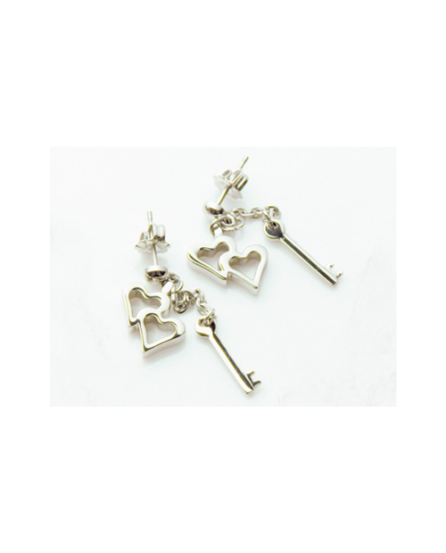 Outlet Sale Pure Titanium Earrings Heart & Key / Platinum [Mare / MARE-30]