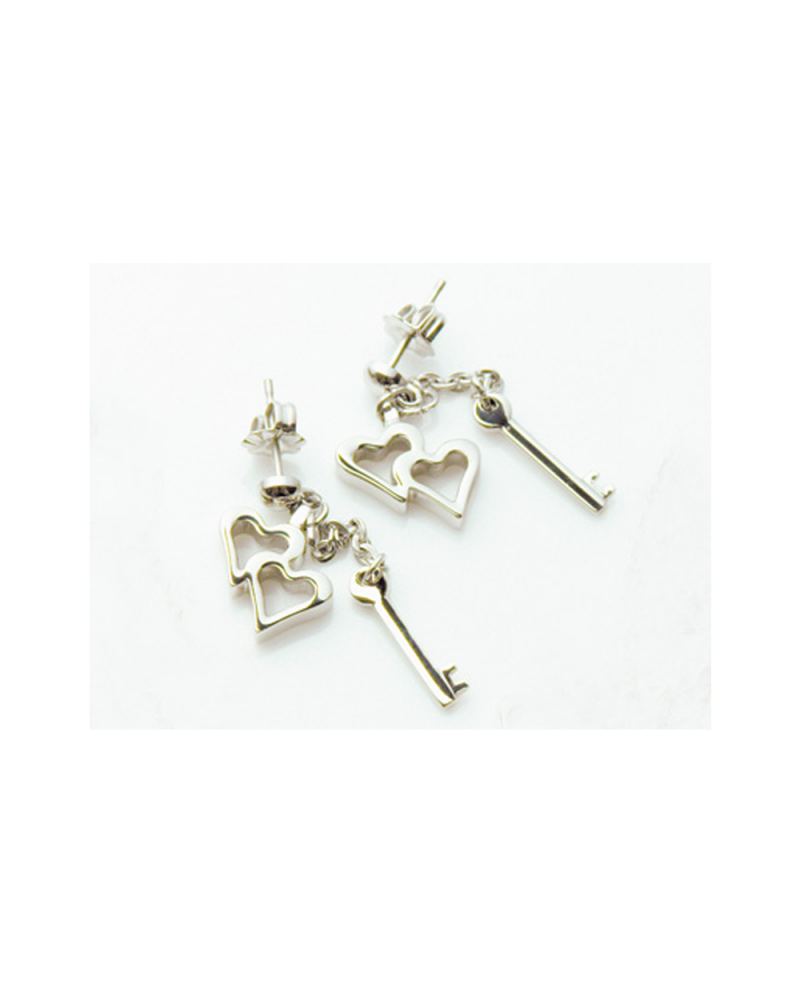 Pure Titanium Earrings Heart & Key / Platinum [Mare / MARE-30]